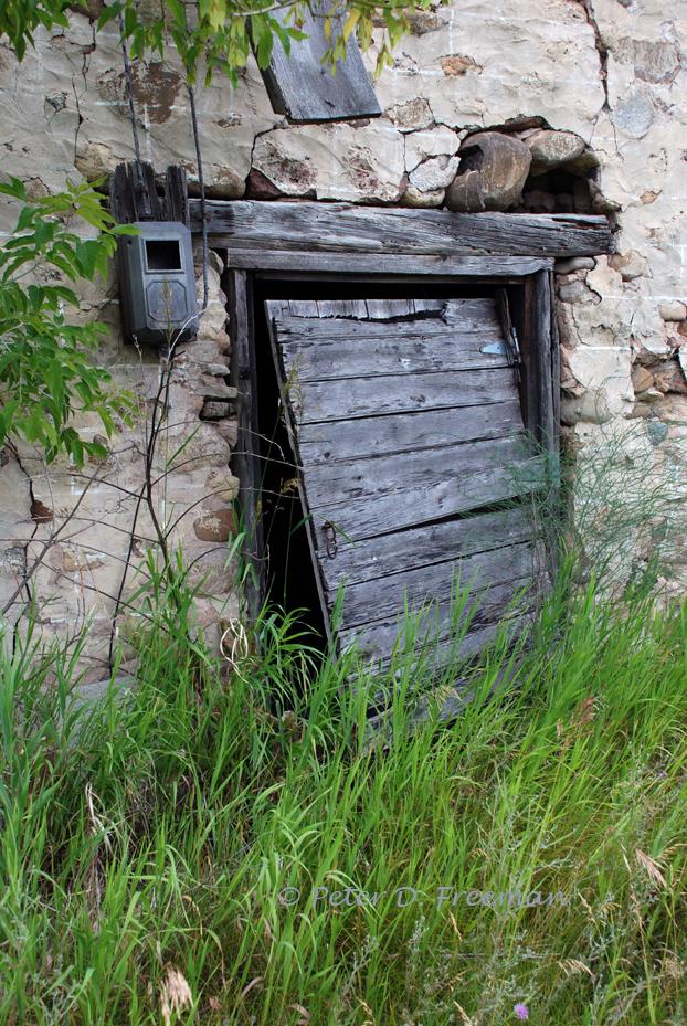 http://theelementaleye.com/2012/12/13/storage-shed-door/